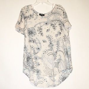 Premise Studio Cream Short Sleeve Blouse Large